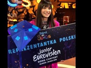 Warszawa: Napadnięto młodą piosenkarkę Viki Gabor. W jej obronie stanął…