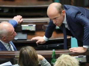 Opozycja już zaciera ręce. Budka zwołał posiedzenie zarządu krajowego PO
