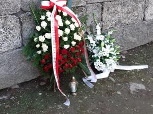 Złożenie wieńca pod Ścianą Śmierci, w 80 rocznicę rozpoczęcia ochotniczej misji Witolda…
