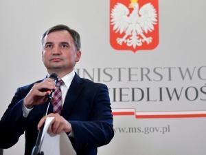 [SONDAŻ] Ziobro miał rację? Ponad połowa Polaków zgadza się z jegodecyzją
