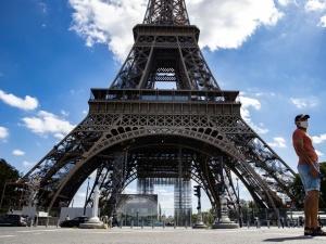 [video] Ewakuowano Wieżę Eiffla. Powodem zagrożenie terrorystyczne