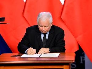 Co zawiera nowa umowa liderów Zjednoczonej Prawicy? Nieoficjalne ustalenia