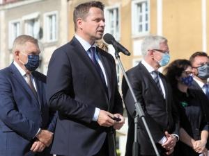 Trzaskowski sobie nie radzi, a płacić za to mają mieszkańcy Warszawy? Powinien zrobić wszystko, by takiej sytuacji uniknąć