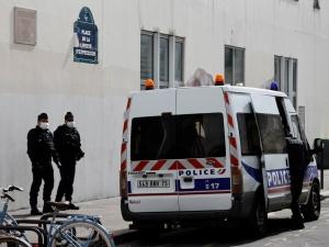 """Francja. AFP: sprawca piątkowego ataku w Paryżu myślał, że atakuje """"Charlie Hebdo"""""""