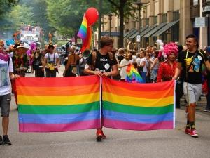 Listy od ambasadorów ws. LGBT publikowane są od 2013 r. OKO.press: Bezprecedensowe wydarzenie.