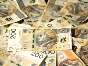 Przyjdzie zacisnąć pasa? PKW odrzuciła sprawozdania finansowe Konfederacji i Zielonych