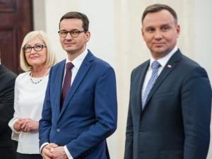 [SONDAŻ] Komu najbardziej ufają Polacy? Niespodzianka na podium