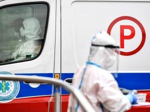 Ponad 13 tys. zakażeń koronawirusem. Nowy raport resortu zdrowia