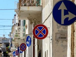 Jak bardzo różnią się przepisy drogowe w Europie?