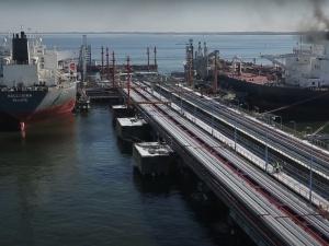 Ekspert: Białoruś liczy na przyspieszenie rozmów o dostawach ropy przez Polskę po kwarantannie