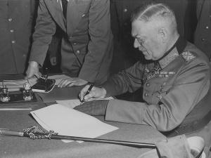 [Tylko u nas]Brzeski: III Rzesza skapitulowała?Kiedyś Niemcy zorganizują defiladę zwycięstwa nad nazizmem