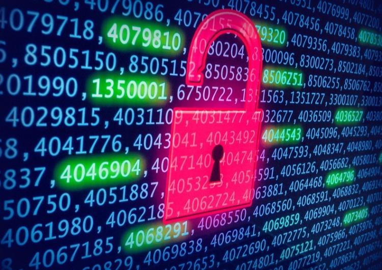 """""""Za atakiem stoją rosyjskie służby"""". Hakerzy mieli umieścić na portalach nieprawdziwe treści"""