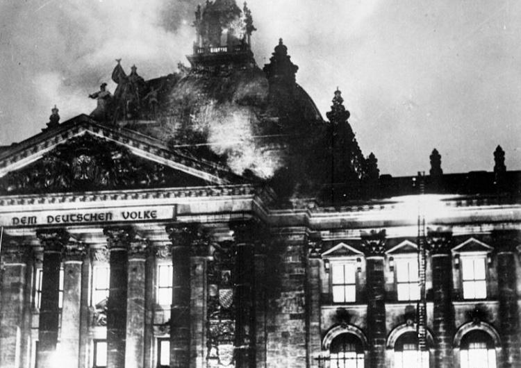 Pożar Reichstagu [Tylko u nas] Prof. David Engels: Europa jak Republika Weimarska? Padnie łupem agresywnej mniejszości?