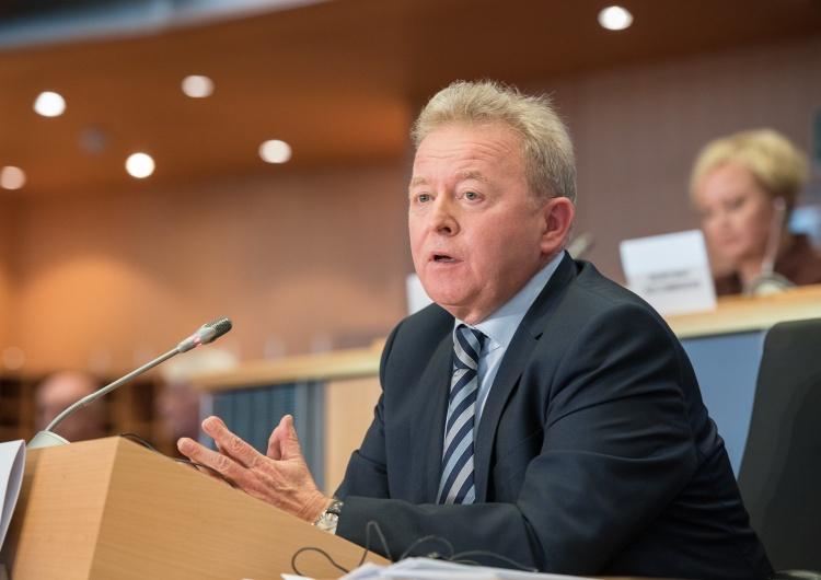 Wojciechowski: Ubój bez ogłuszenia zakazany jest już w całej UE