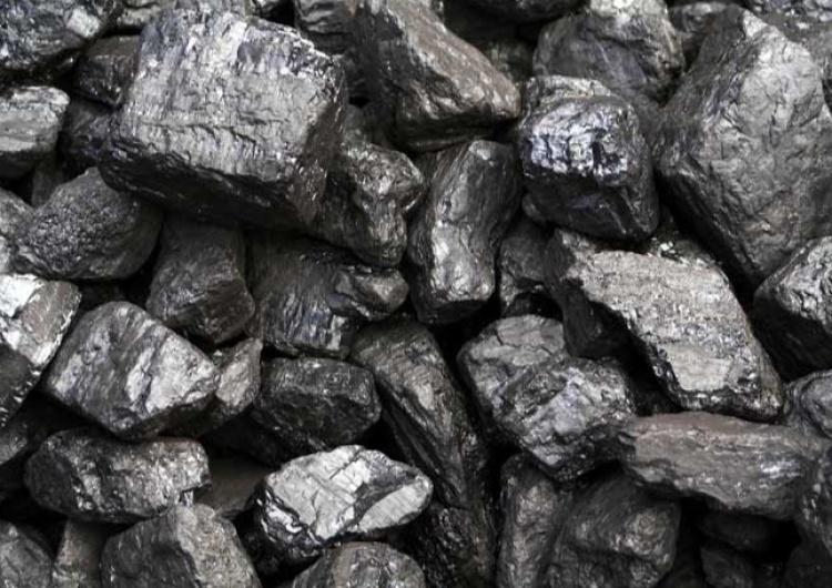 węgiel Dekarbonizacja? Francja wznawia pracę elektrowni węglowych
