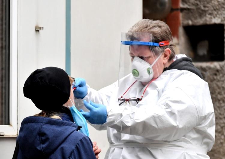 Słowacja przetestuje wszystkich obywateli na obecnośćkoronawirusa