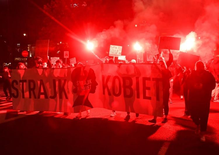 Strajk Kobiet Dziennikarz TVN24: