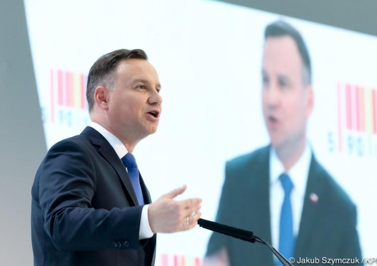 [Nowy Sondaż] Andrzej Duda miażdży Donalda Tuska
