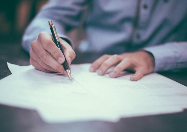 Zanim podpiszesz umowę - przeczytaj bardzo uważnie!