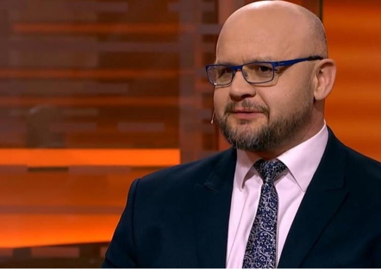 S. Jastrzębowski: Dbanie o interes Polski to wysłuchiwanie histerycznych kłamstw na temat Polski? Nie!