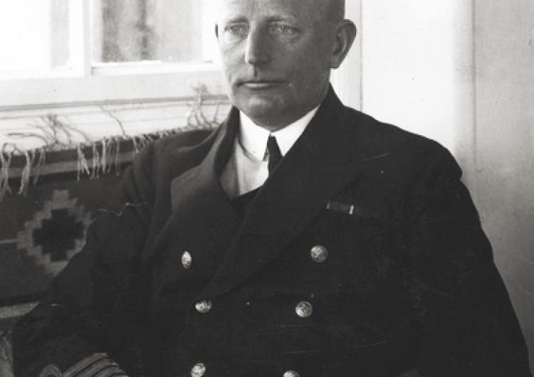 Dziś sprowadzenie z Francji do Polski szczątków adm. J. Unruga, dowódcy Obrony Wybrzeża we wrześniu 39r.