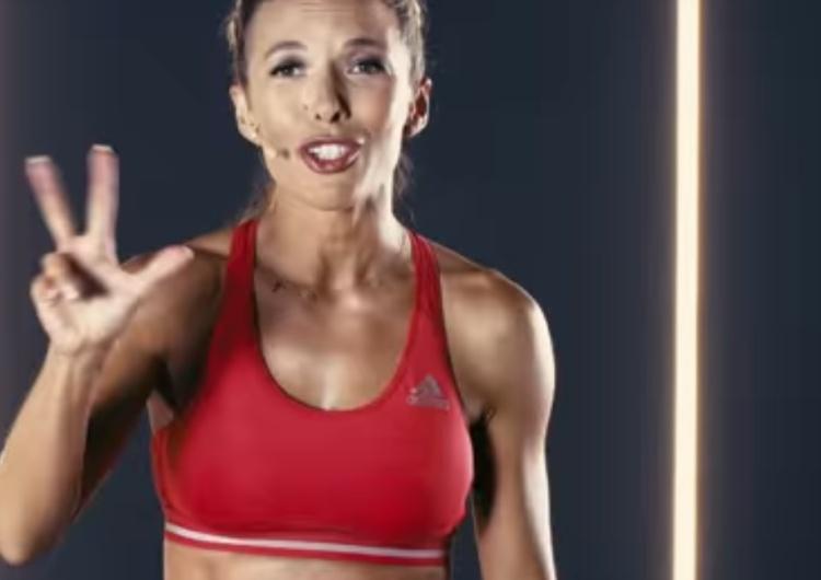 Znana trenerka fitness Ewa Chodakowska hejtowana w zeszłym roku za religijne życzenia: Chrystus się rodzi