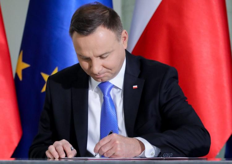 Prezydent: Jan Olszewski przez całe życie szedł drogą służby Niepodległej