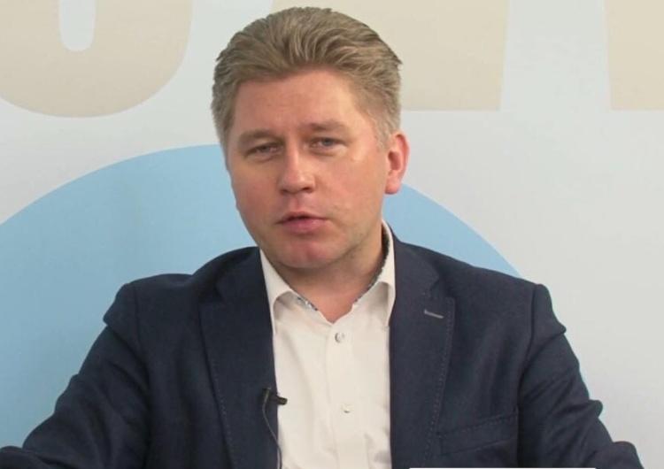 """Prof. Matczak: """"Obecnie w Polsce sędzia (...) musi się obawiać"""". Odpowiedział mu prawnik... i się zaczęło"""