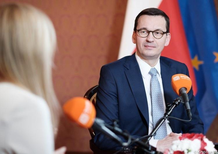 """Premier: """"Uważamy, że nasza złotówka lepiej dba o dobrobyt Polaków. Mamy szansę za 5-10 lat dogonić..."""""""