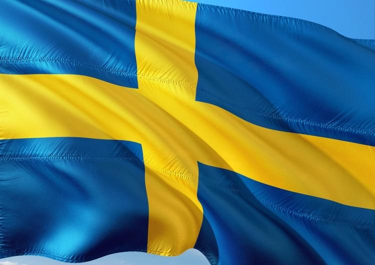 """Szwedzkie służby próbowały odebrać dzieci ojcu. """"Mam je tylko odebrać. Nie wiem jakim jest ojcem"""""""