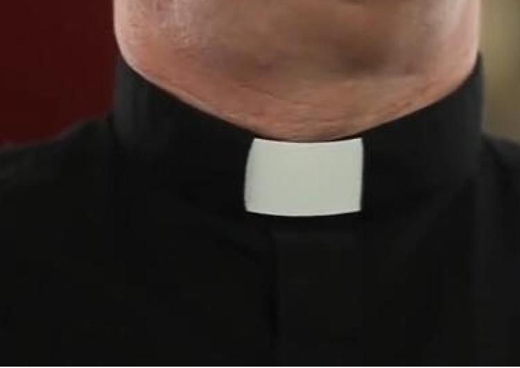 """Polityk Lewicy: """"W Polsce mamy 31 tys. księży..."""". Riposty powalają: Wy to macie byłych Sekretarzy PZPR"""