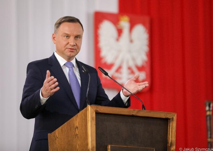 Prezydent przyjął ślubowanie. Pawłowicz, Piotrowicz iStelinanowymi sędziami TK