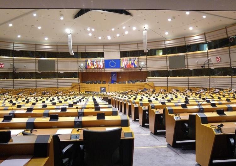 """SZOK! Rezolucja PE: """"Aborcja ma zasadnicze znaczenie dla doświadczeń seksualnych dzieci i młodzieży"""""""