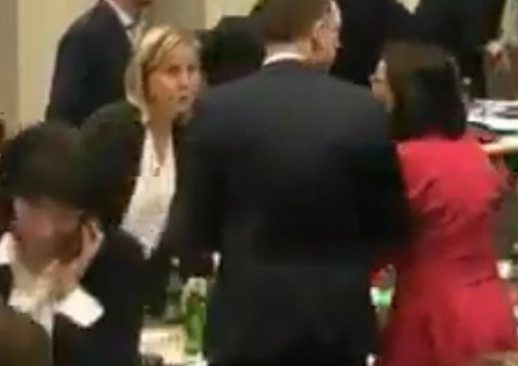 """[video] Aj. Posłowie KO zapomnieli wyłączyć mikrofony:""""Robimy jaja? To już jest KODziarskie. Nie, Kamila"""""""