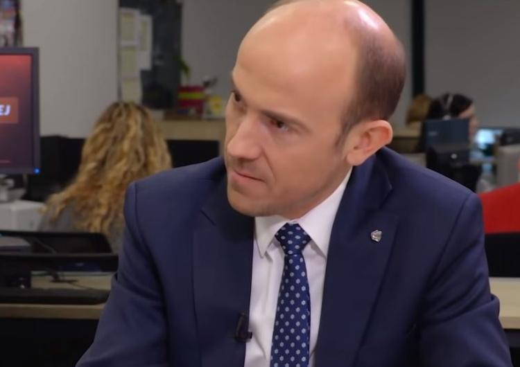 """Budka usprawiedliwia krzykaczy z Pucka i jątrzy: """"Nie mam szacunku do prezydenta"""""""