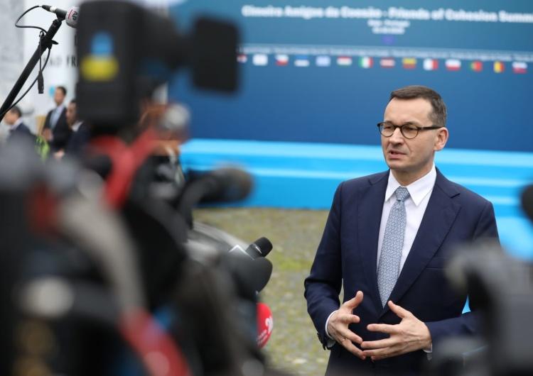 """Kancelaria Prezesa Rady Ministrów Premier: """"Nasze firmy radzą sobie najlepiej w regionie, znacznie wzrósł eksport towarów"""""""