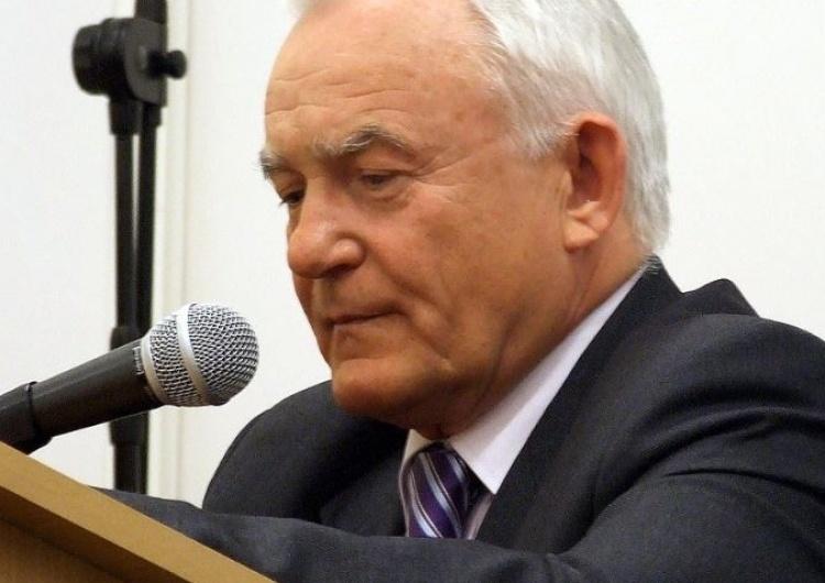 """Ujawniono taśmy Kulczyka z Millerem. Rozmawiali o Wałęsie: """"Trzeba go tylko dobrze podsterować"""""""