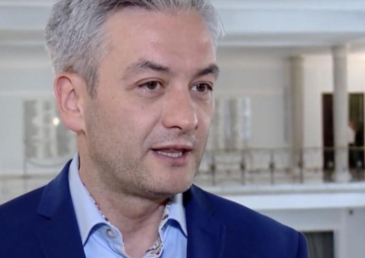 """Biedroń krytykuje decyzję PO. """"Wygrał cynizm, kalkulacja partyjna, a nie bezpieczeństwo Polaków"""""""