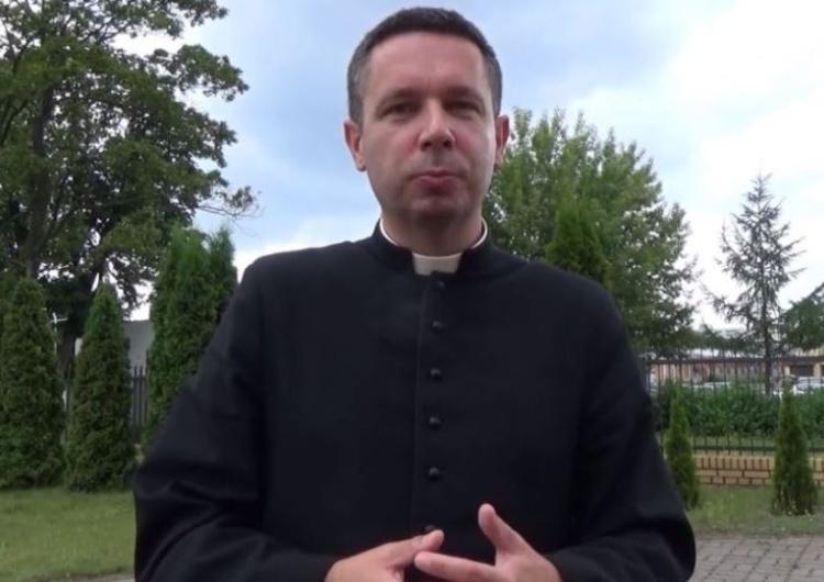 """Ks. Daniel Wachowiak wraca na Twittera. """"Arcybiskup zdjął dzisiaj medialny zakaz"""""""