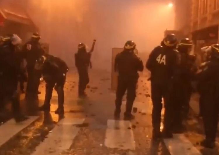 """Noc zamieszek pod Paryżem, starcia z policją. """"Ludzie są głodni"""" tłumaczy lewicowa polityk"""