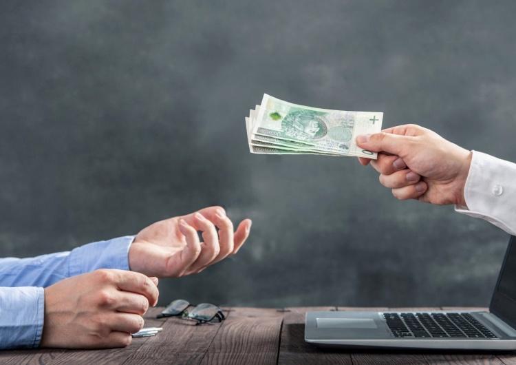 Pomoc finansowa dla dużych przedsiębiorstw!