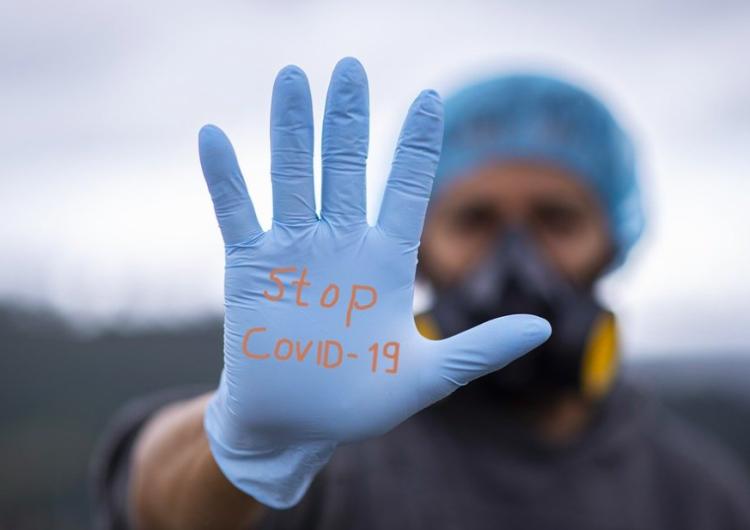 Koronawirus w Polsce. Nowe obostrzenia w 19 powiatach z największym przyrostem zakażeń