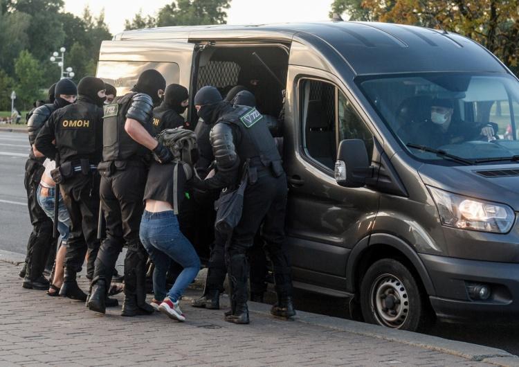 """Białoruś: Konsulat potwierdził zatrzymanie trzeciego Polaka.""""Robimy wszystko, by doszło do spotkania"""""""