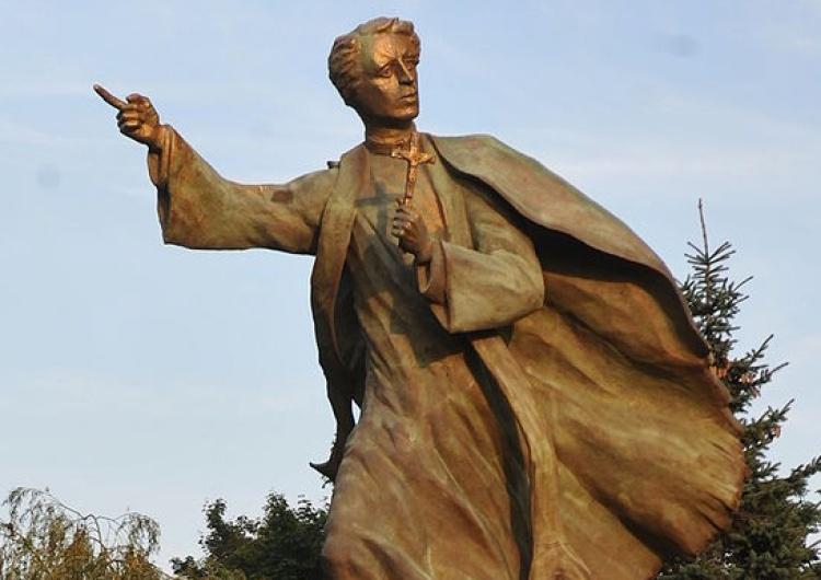 """Cezary P """"W stule i z krzyżem w ręku"""". 100 lat temu zginął ks. Ignacy Skorupka, symbol Bitwy Warszawskiej"""